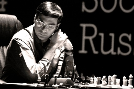 Viswanathan Anand in Sochi, Russia(photo from: http://susanpolgar.blogspot.com/)